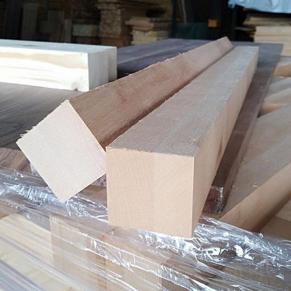 Gia công ghép gỗ dẻ gai làm chân bàn