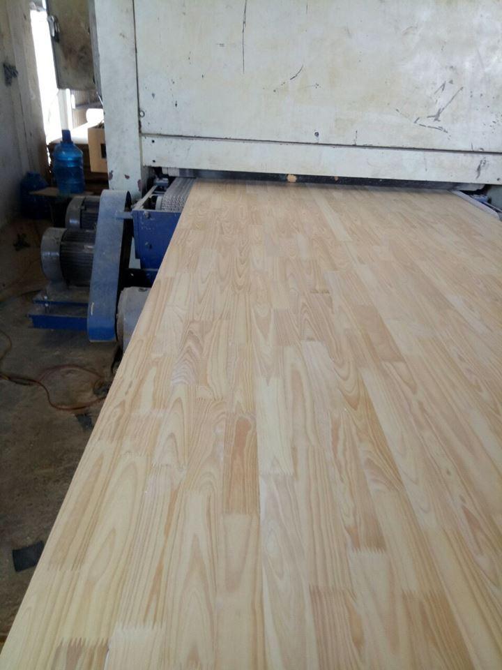 Gỗ ghép Thông Đà lạt chuyên dùng sản xuất các loại đồ gỗ tiêu dùng trong nước