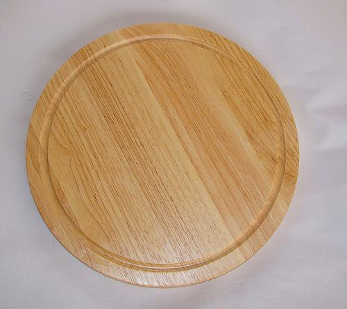 Thớt gỗ cao su tròn có chạy rãnh