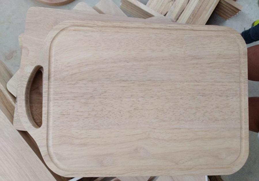 Thớt gỗ chữ nhật chạy rãnh có tay cầm MS01