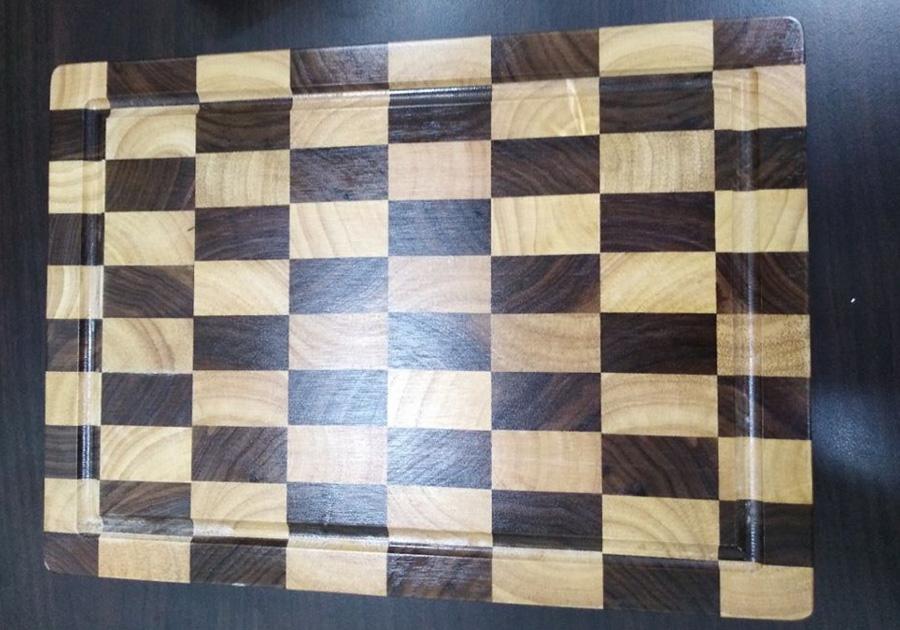 Thớt gỗ chữ nhật ghép ca rô 2 loại gỗ